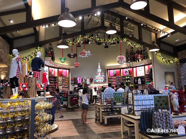 world of disney christmas preview - Disney Christmas Store