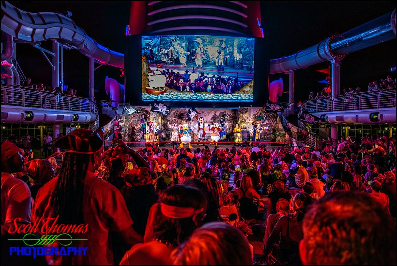 Mickeys Pirate Party