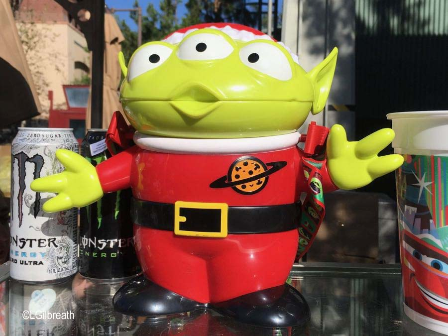 Disneyland Halloween Popcorn Bucket 2018.From Popcorn Buckets To Festive Faux Lederhosen Holiday