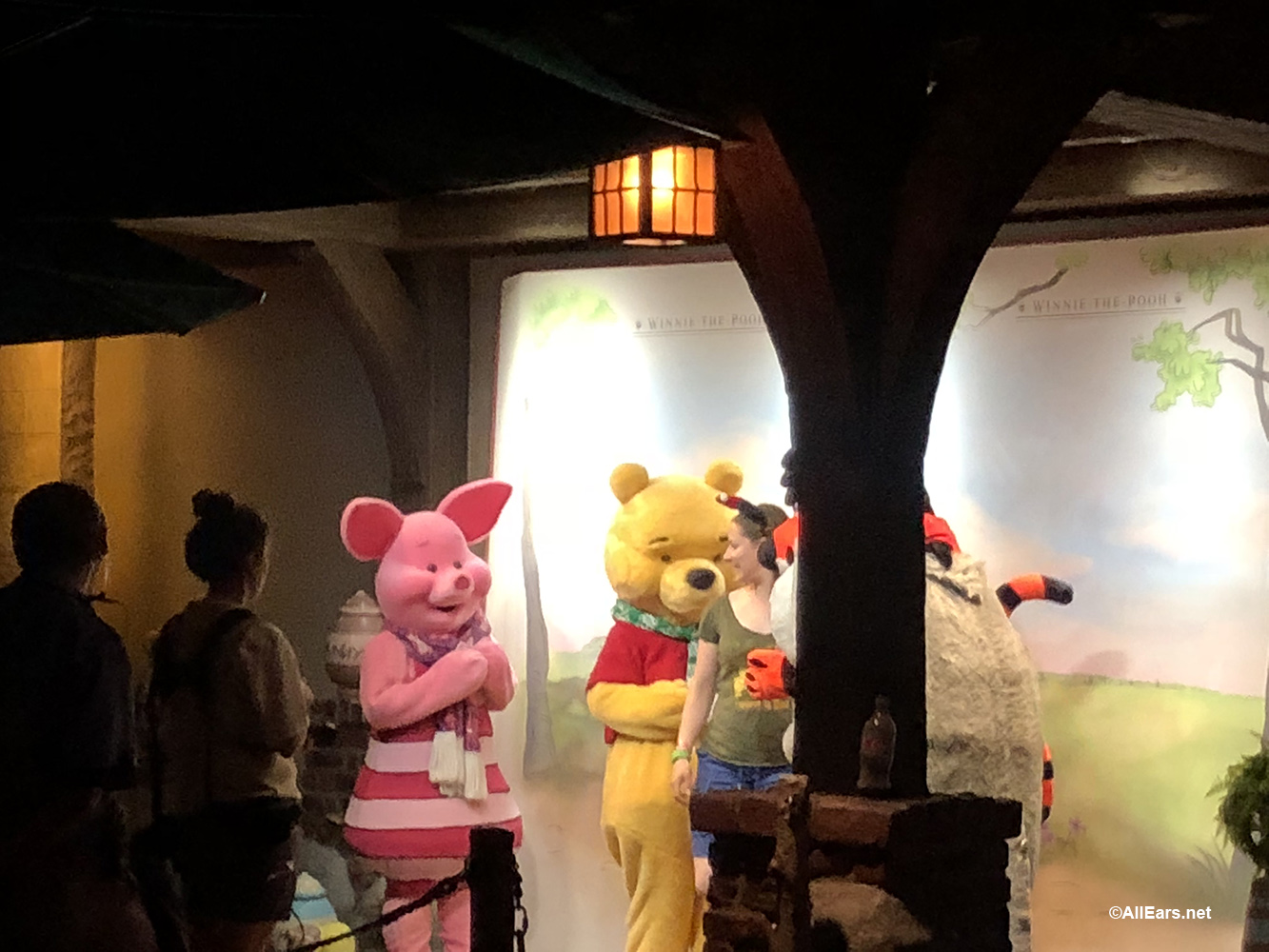 mickeys very merry christmas party character meet and greets