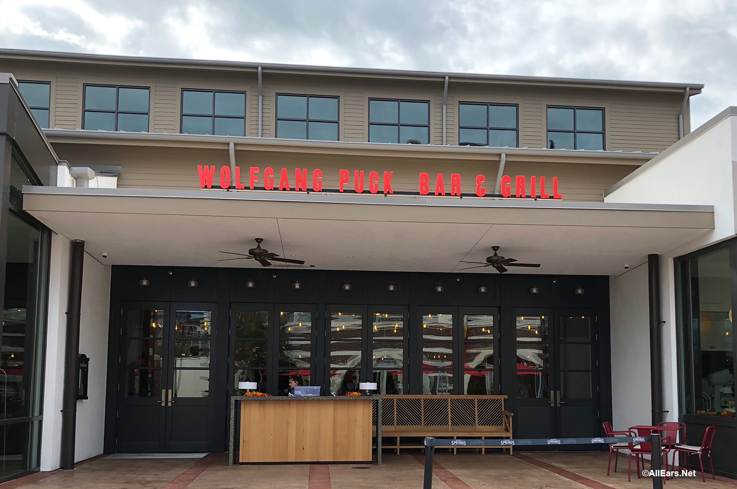 10be53b18f2d Wolfgang Puck Four-Course Meal Experience Coming To Disney Springs ...