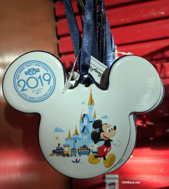 2019 Merchandise Arriving In Parks And Resorts