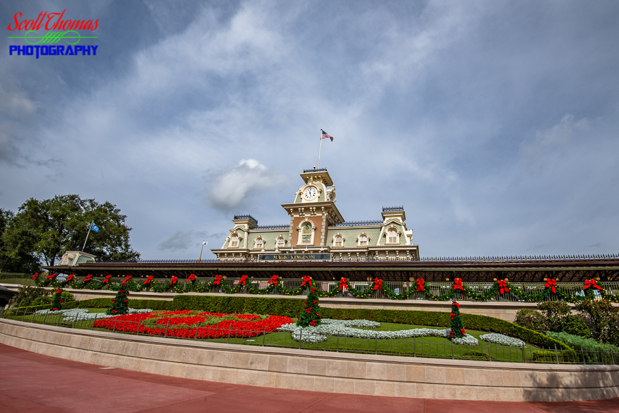Main Street USA Train Station Plaza
