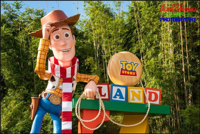 Toy Story Land Entrance