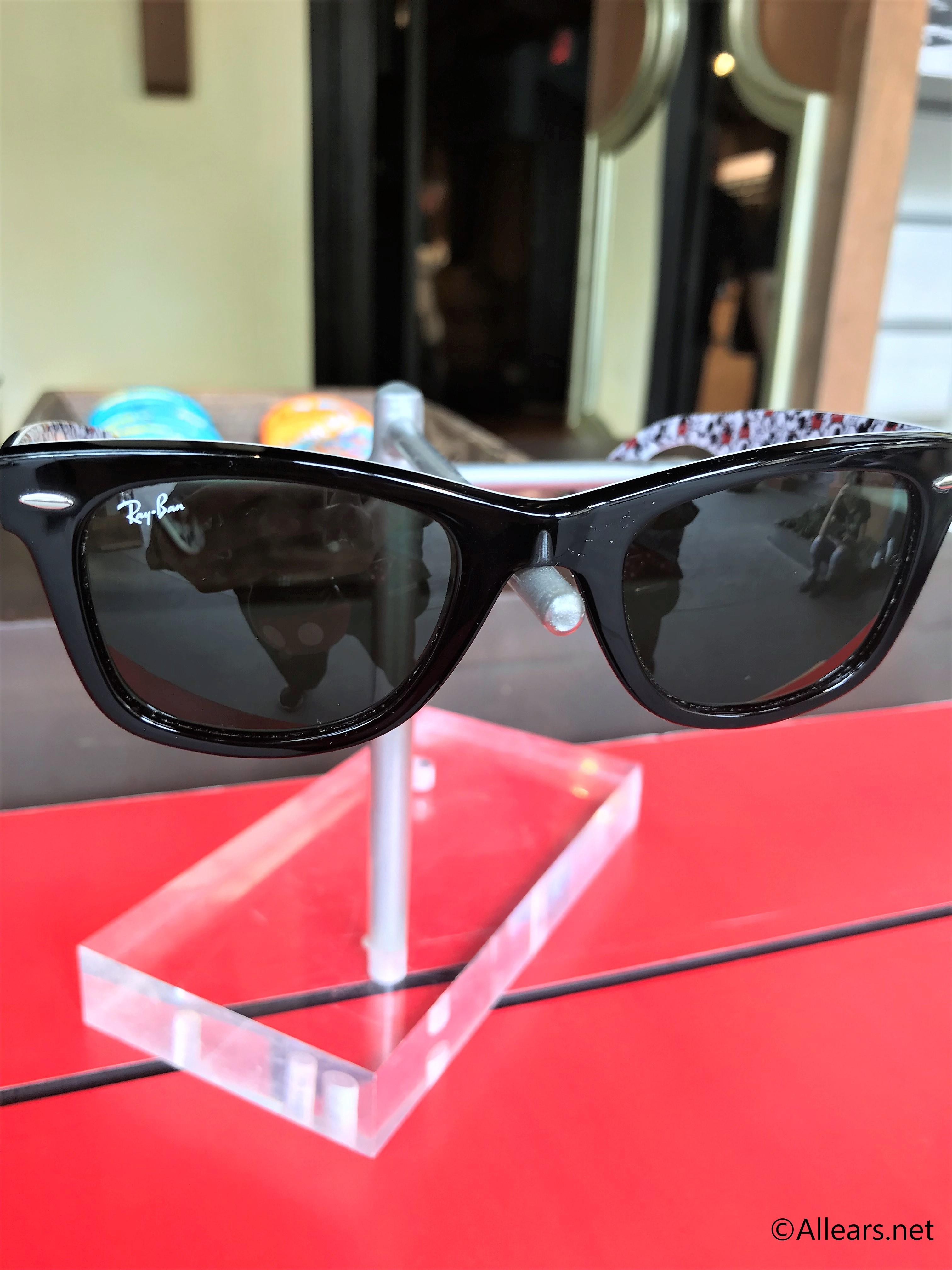 be20629a92f10 Ray-ban x Disney Wayfarer Sunglasses Spotted in Magic Kingdom ...