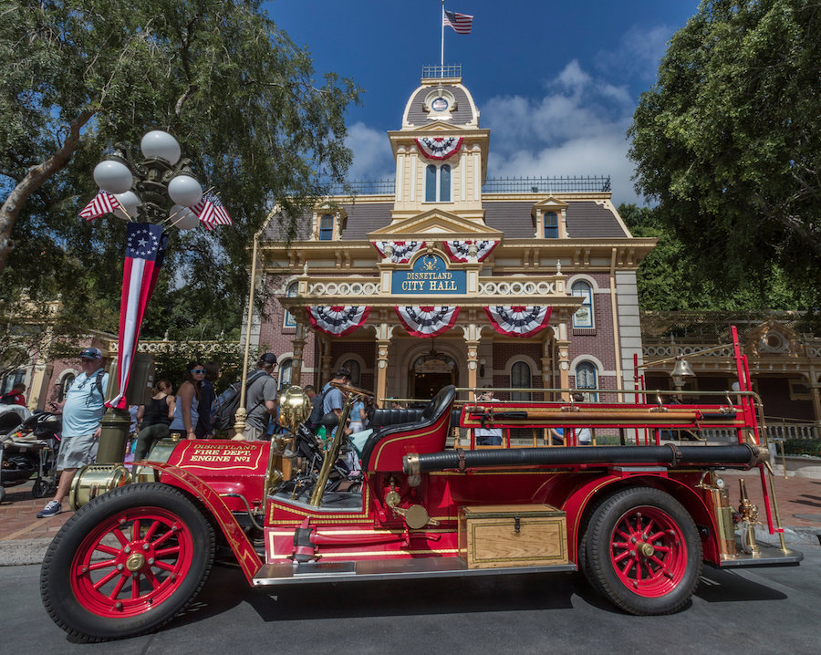 The Best Almost Free Disneyland Souvenirs You Didn T Know About Allears Net