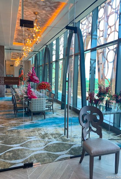 Check Out The Restaurant And Lounges Of Disney World S New