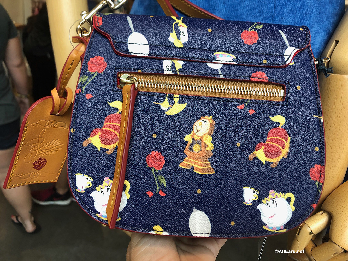 New Beauty And The Beast Dooney And Bourke Collection Debuts In Disney World Allears Net