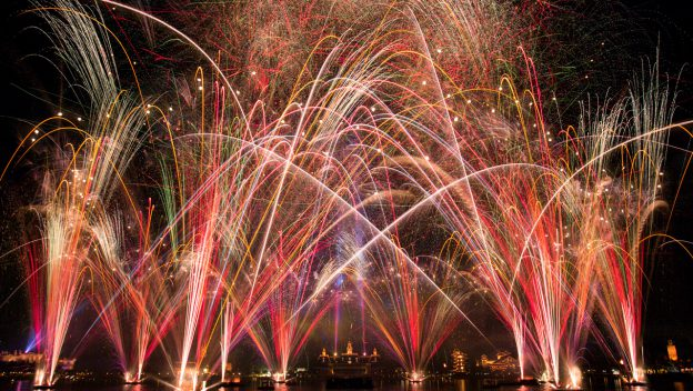 "Disney to Live Stream Debut of ""Epcot Forever"" Nighttime Spectacular"