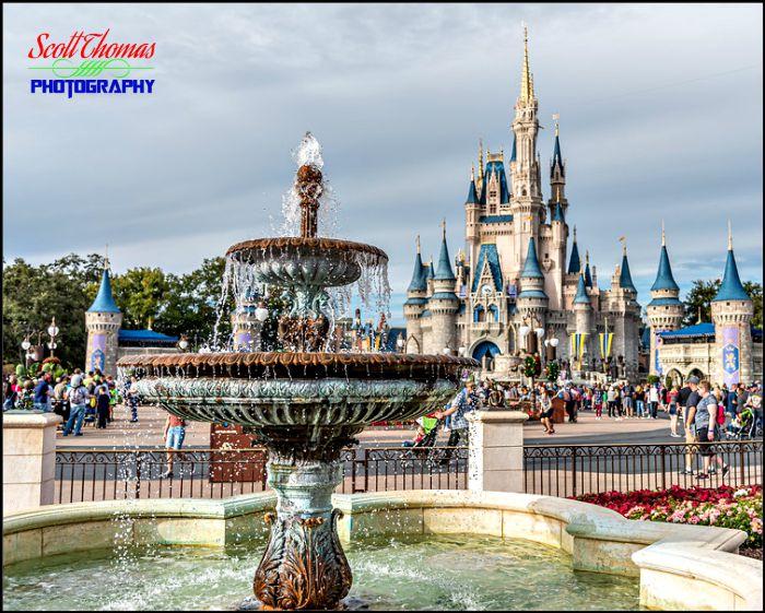 Central Plaza Fountain