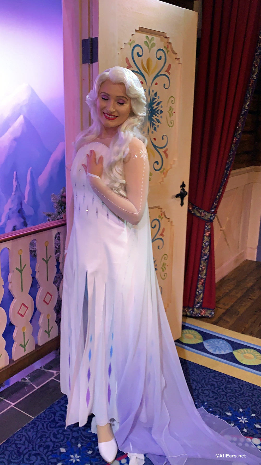 First Look: New Costumes for Anna and Elsa at Epcot - and For Your Little Royals, too! - AllEars.Net