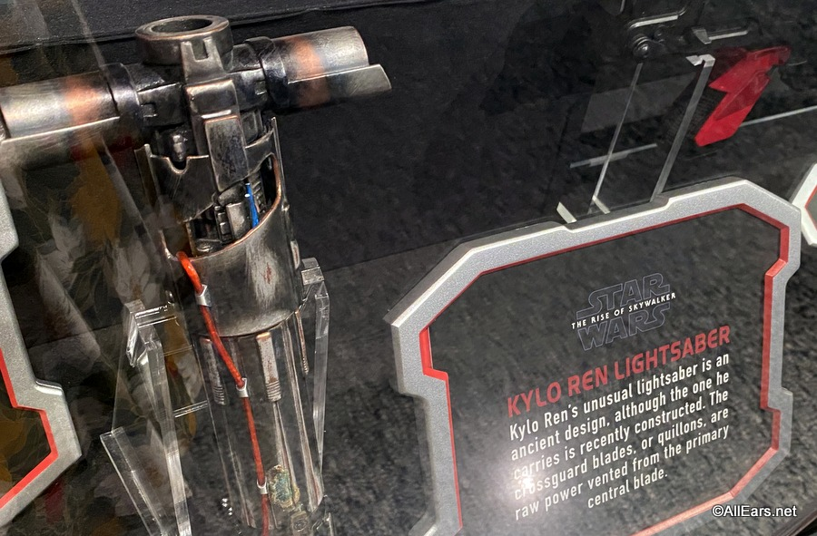 New Rise Of Skywalker Exhibit At Walt Disney World Features Props And Costumes From The Film Along With Some Spoilers Allears Net