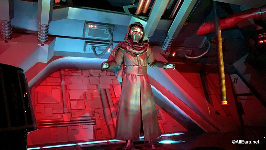 All The Essentials Accessibility Creature Comforts A Drop And More On Disney S Newest Ride Star Wars Rise Of The Resistance Allears Net