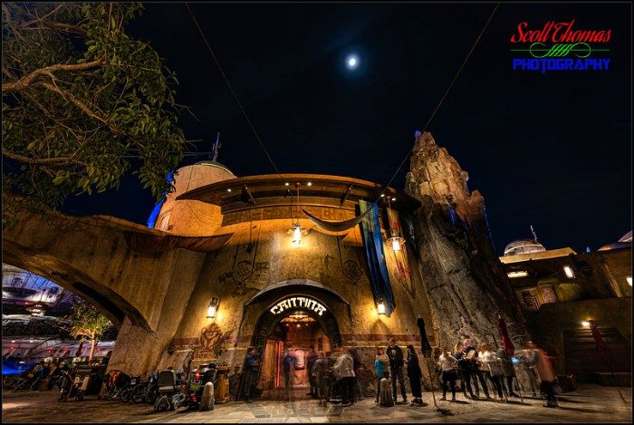 Galaxy's Edge Oga's Cantina Entrance