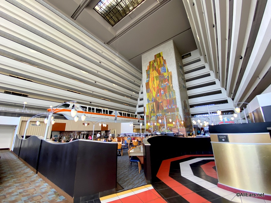 Which Disney World Monorail Hotel Should You Stay In and Which One You Should SKIP