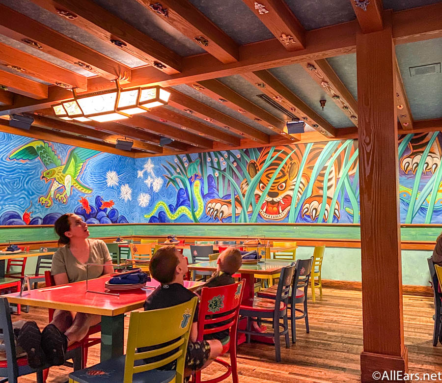 the worst spot to dine at each disney world park as