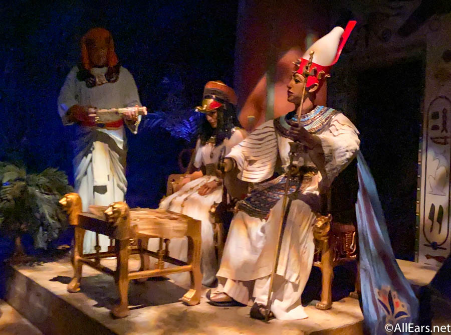 Taking a Look Back at the History of Animatronics in the Disney Parks
