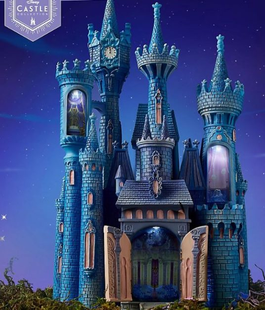 Cinderella Castle To Start Off The Disney Castle Collection Allears Net