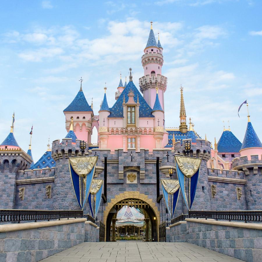 Disneyland Resort Reopening Delayed - Downtown Disney Remains on ...