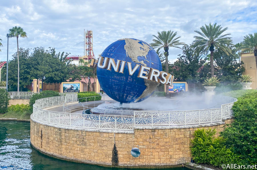 Universal Globe Universal Studios Orlando