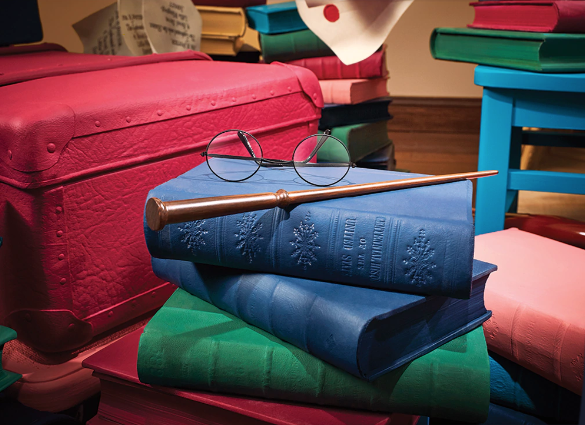 The Most Magical Vera Bradley x Harry Potter Collection is Coming Soon! - AllEars.Net