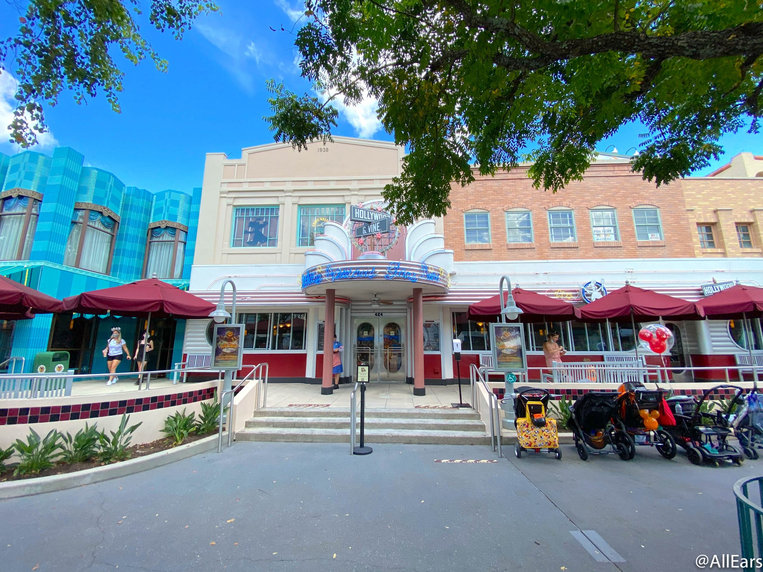 allears.net - Rachel Franko - NEWS: The Orlando Hotel and Restaurant Workers Movement Provides Discussion Details About Employee Layoffs in Disney World