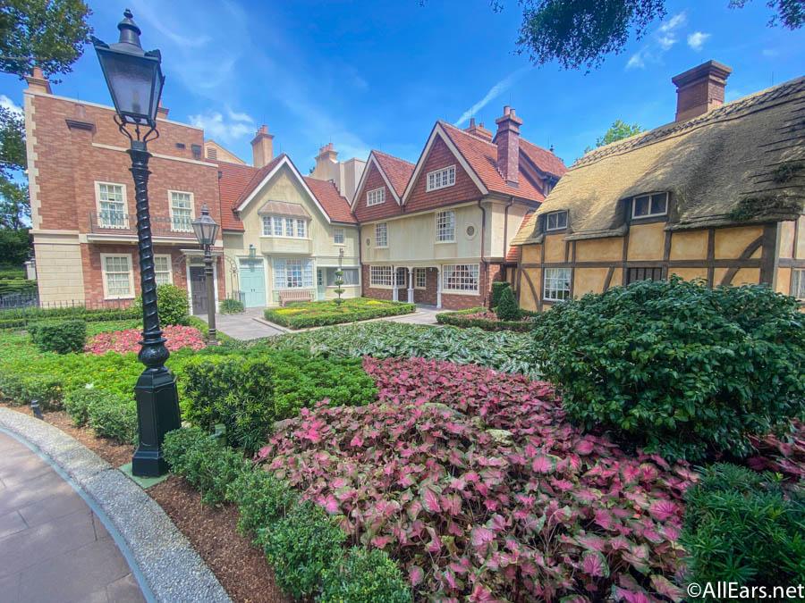 NEWS! Disney World Will Be Extending Select Park Hours Starting in Early November