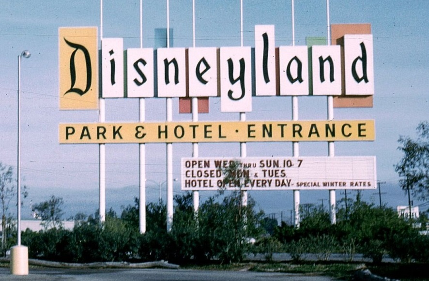 To Stay Afloat Financially in the 1950s, Disneyland Closed on Select Days  During the Slow Season - AllEars.Net