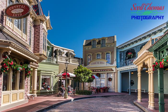 Quiet Christmas Street in Magic Kingdom