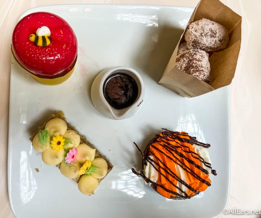 Family Style Dessert Platter