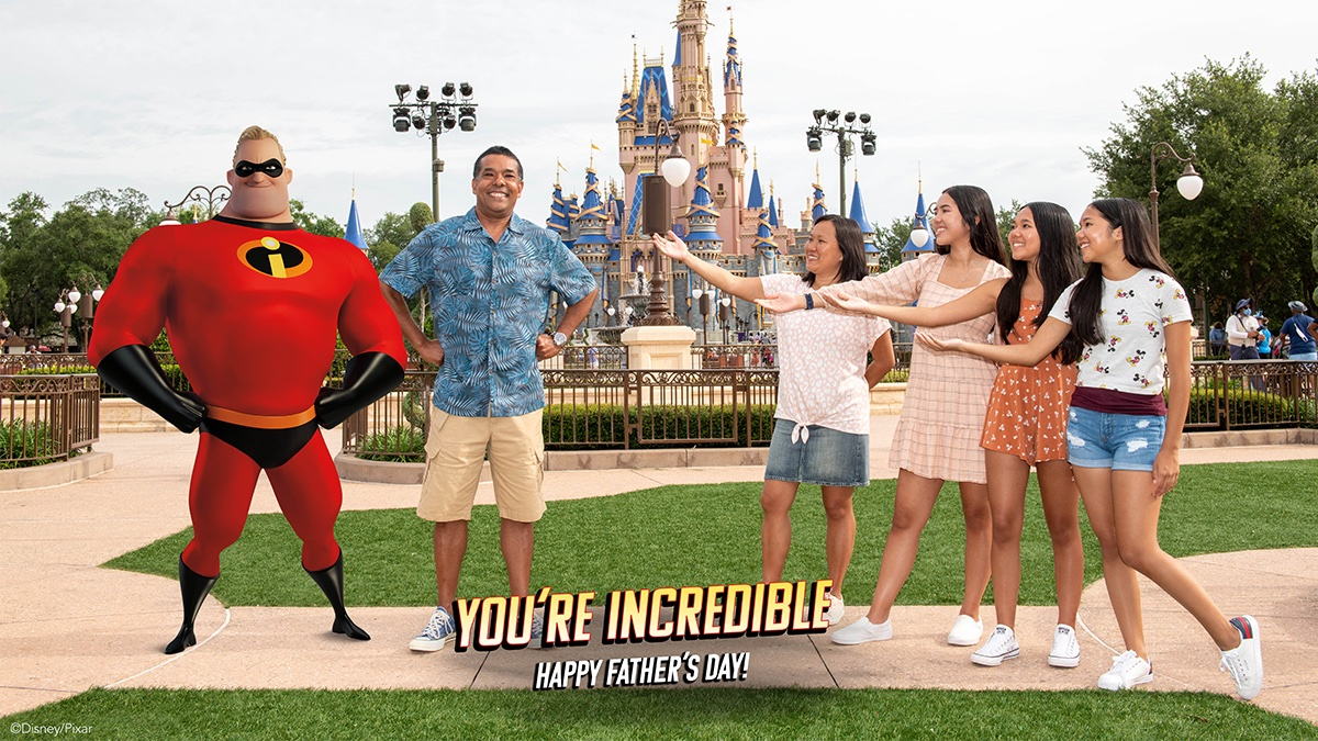 Father's Day incredibles magic shot Disney World