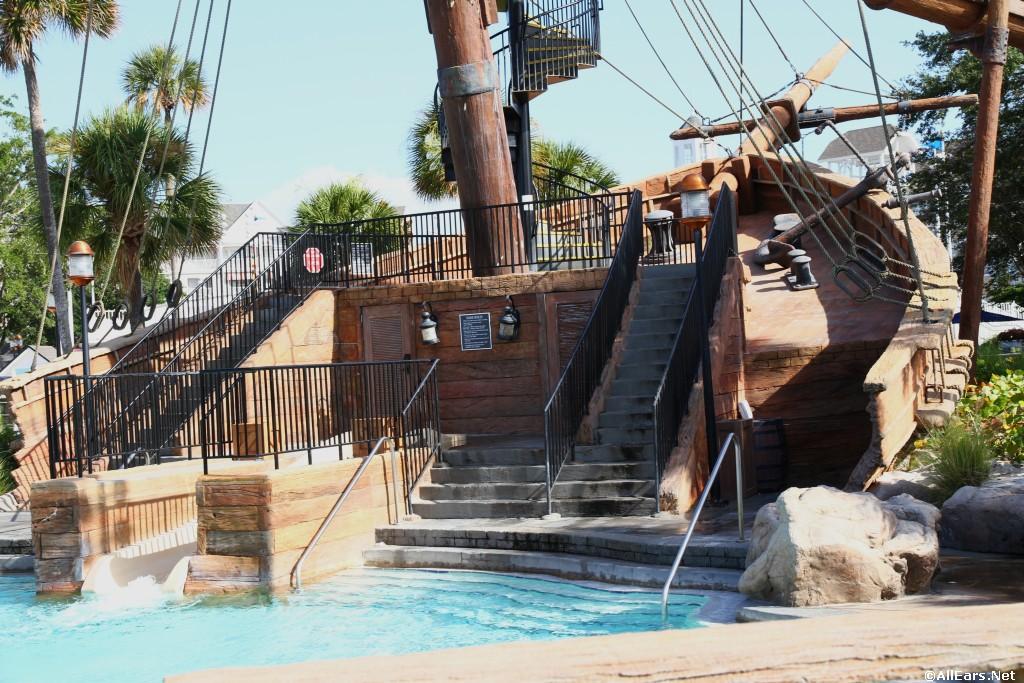Disney World Beach /& Yacht Club Beaches /& Cream Soda Shop Scrapbook Piece