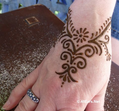 Henna That Ll Leave A Mark Allears Net