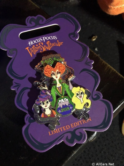 mickeys-not-so-scary-halloween-party-18-10.jpg