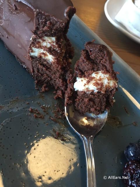 terralina-chocolate-cake-inside.jpg