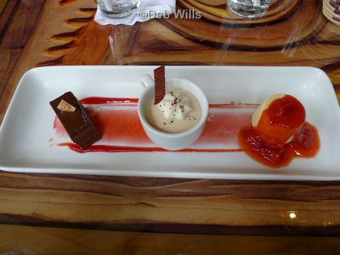 untamed-lunch-at-sanaa-desserts.jpg