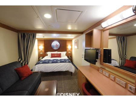 Disney Dream Staterooms And Suites Offer Comfort