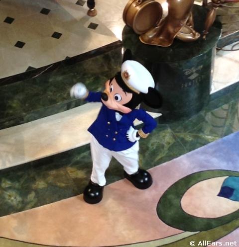 Disney-fantasy-mickey-mouse.JPG