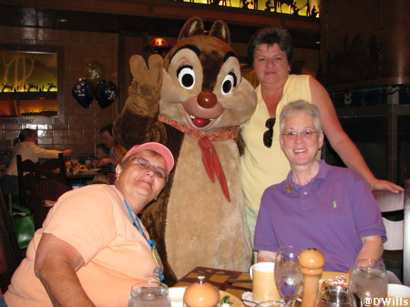 Storytellers Character Breakfast in Grand Californian at the Disneyland Resort