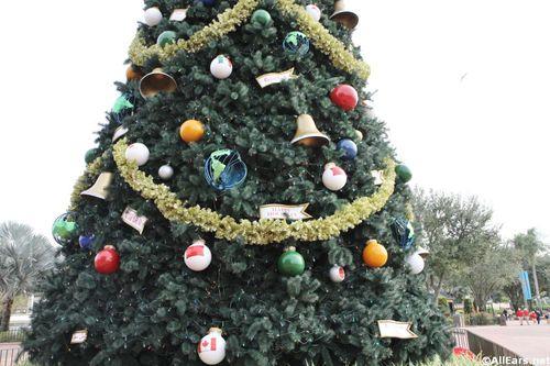 holidays-epcot-1309.JPG