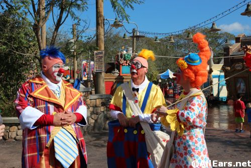 Giggle Gang Storybook Circus Magic Kingdom