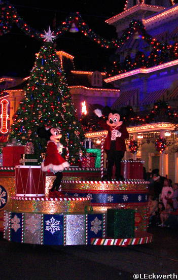 Mickey's Once Upon a Christmas Time Parade