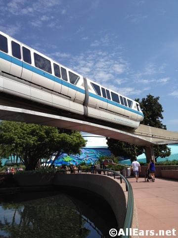 monorail200.JPG