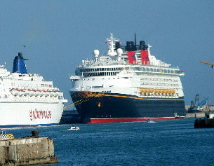Disney Magic in Port Civitaveccia
