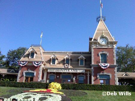 Disneyland Now Open
