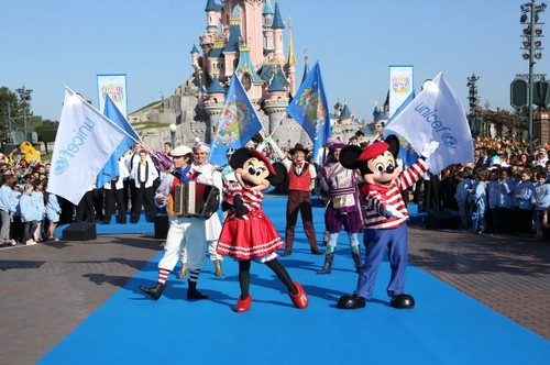 Small World Celebration Disneyland Paris