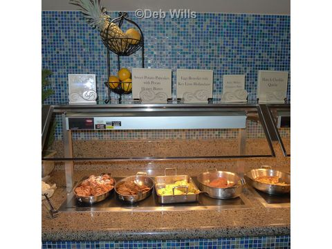 The Wave Breakfast Buffet at Contemporary