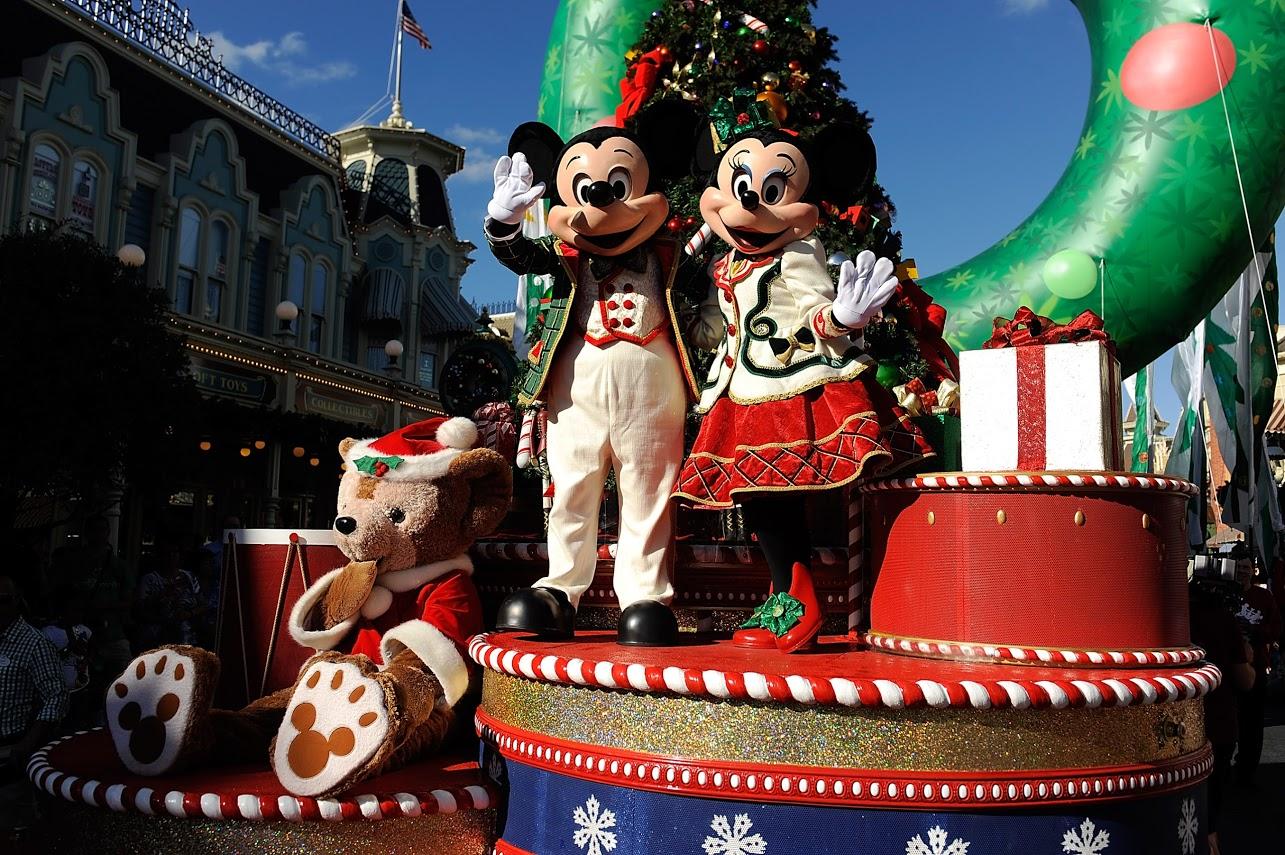 Disney Parks Christmas Day Parade' Airs December 25 on ABC (Disney ...