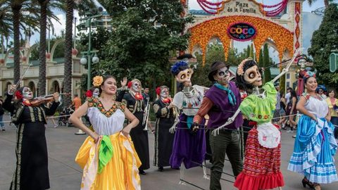Dia de los Muertos Celebrations Return to Disneyland Resort