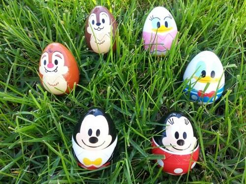 Epcot-Egg-Stravaganza-2.jpeg